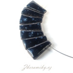 Keramický náhrdelník, ručně modelovaný, lehoučký. Z dílny Nikoly Černíkové Kunčice pod Ondřejníkem (Beskydy)